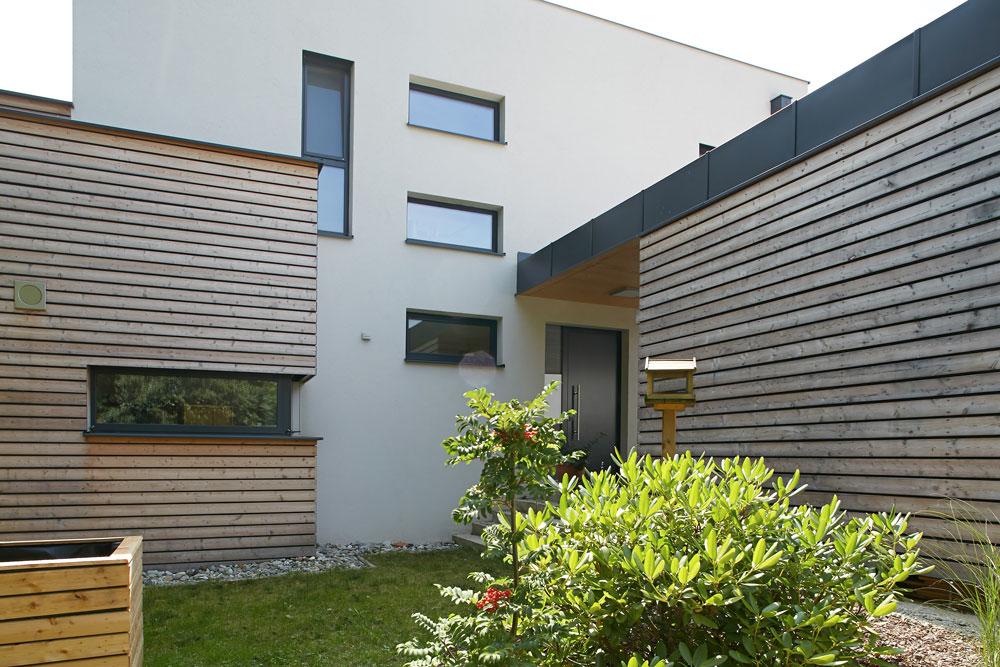 Flachdachhaus in sinabelkirchen lieb massivhaus for Massivhaus katalog