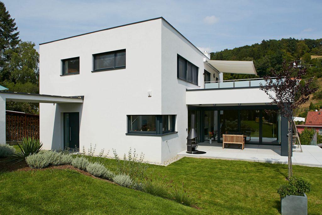 Flachdachhaus in gutenberg lieb massivhaus for Massivhaus katalog