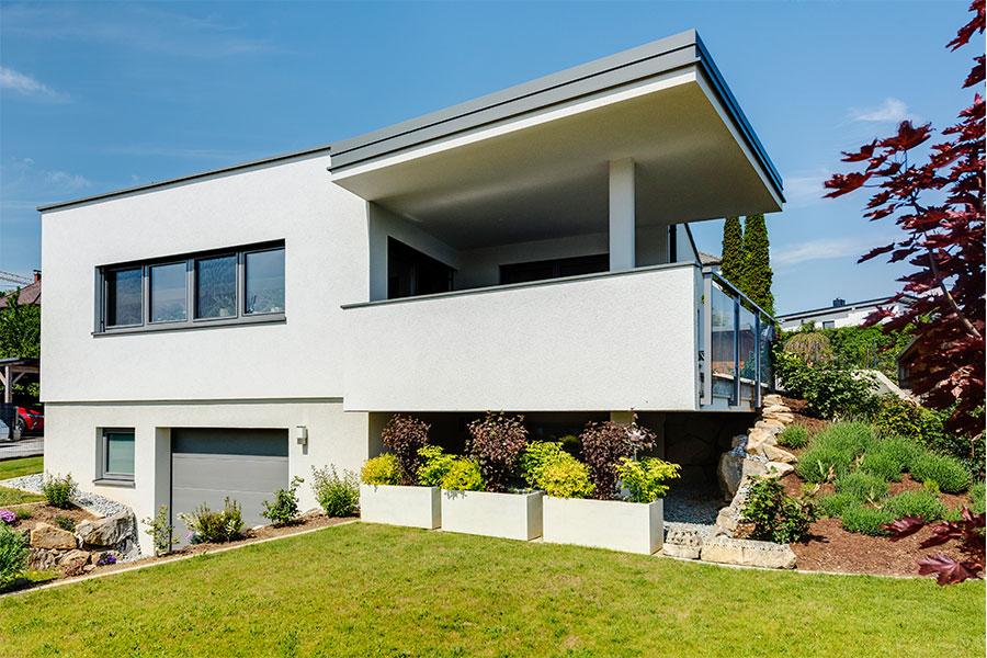 Einfamilienhaus in Ziegelmassivbauweise mit Flachdach