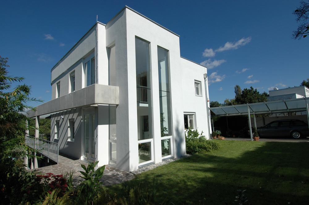 Ziegel massivhaus mit walmdach in labuch lieb massivhaus for Massivhaus katalog